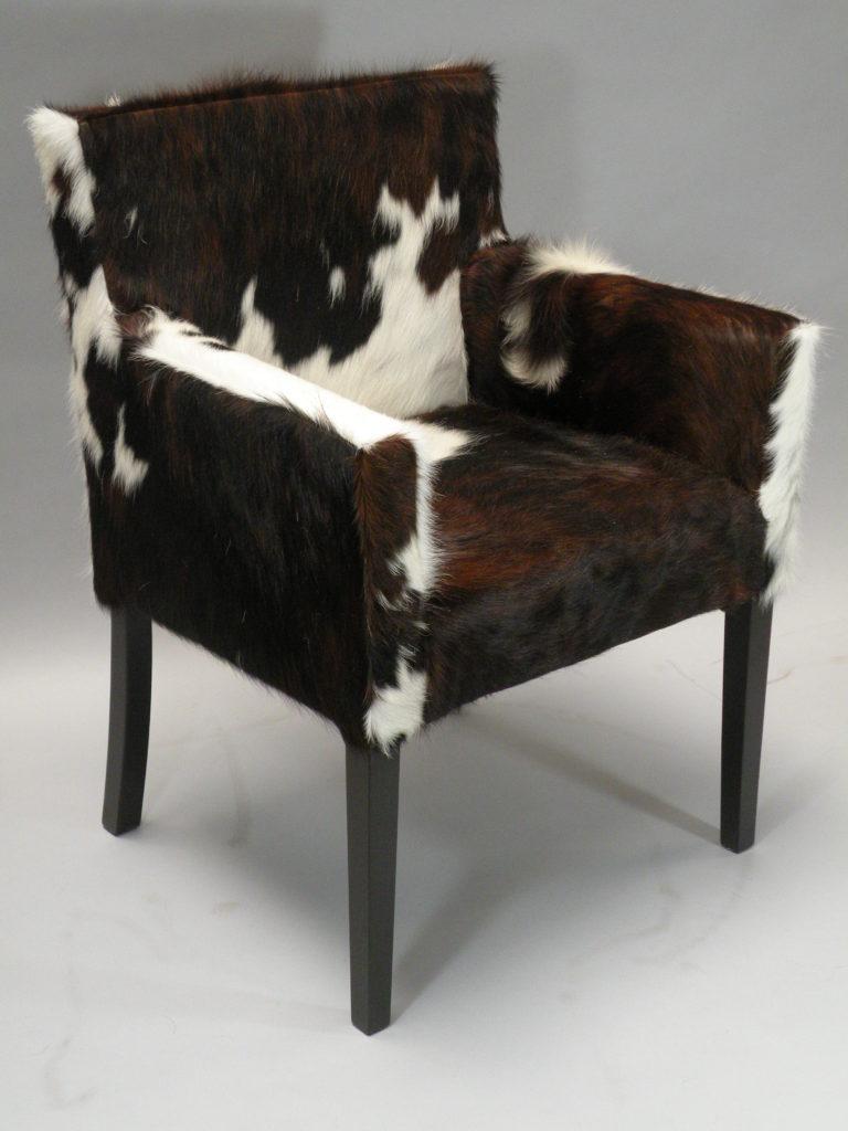 Fauteuil eetkamerstoel koeienhuid partijhandel online for Eetkamerstoel fauteuil