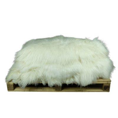 partij witte ijslandse schapenvachten